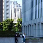 朝から新宿で撮影